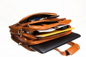 What Is a Messenger Bag Used for and What Are Its Benefits?